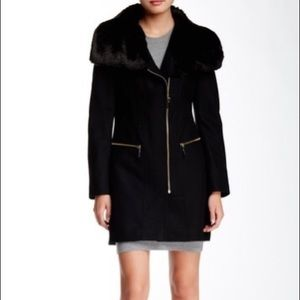 Via Spiga Asymmetrical Faux Fur Collar Coat